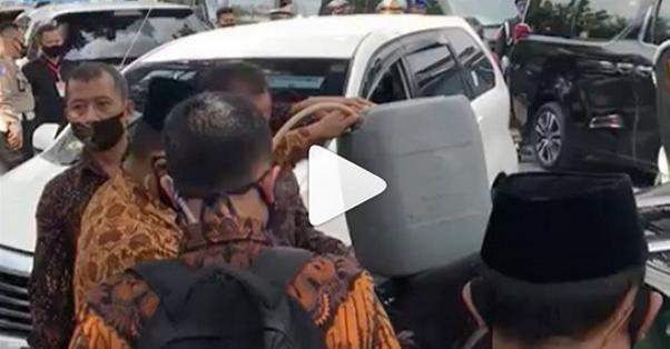 Mobil Maruf Amin Kehabisan Bensin Di Tengah Jalan, Benny Harman: Selamat Datang di Negeri Ci Luk Ba