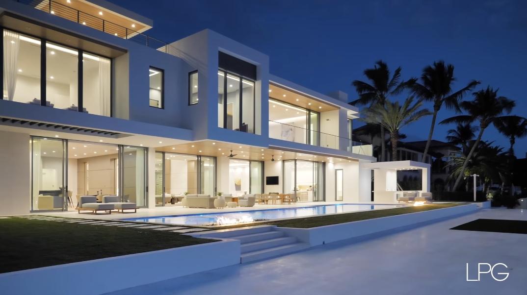 88 Interior Photos vs. 2412 Laguna Dr, Fort Lauderdale, FL Ultra Luxury Modern Mansion Tour