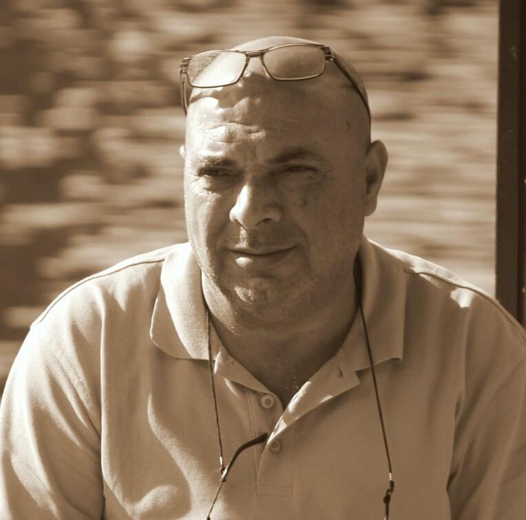 ورم (1) قصة للكاتب: مأمون أحمد مصطفى