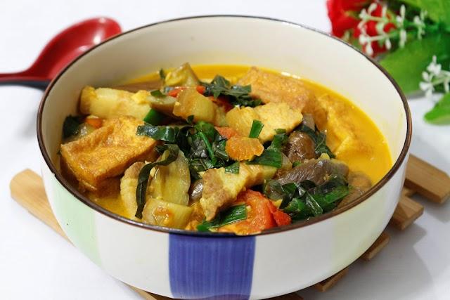 Canh cà tím om thịt ba chỉ hấp dẫn - Món ăn đặc trưng của miền Bắc