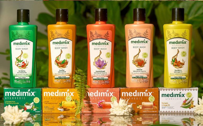 Sữa tắm Medimix thảo dược Ấn Độ