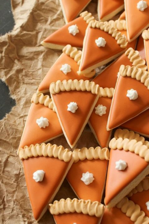 These cute mini pumpkin pie slice cookies are easy to snack on and will give your Thanksgiving dessert table some pizzazz.