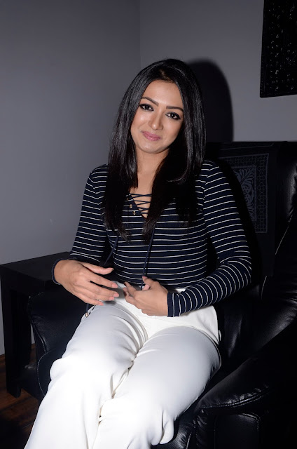 catherine tresa at spa launch stills
