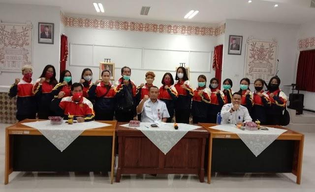 Mahasiswa Prodi PAI Jadi Anggota Tim Softball Kalimantan Tengah Dalam PON XX Papua