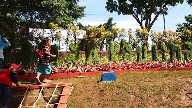 Salah satu tujuan dibuat taman bermain ini adalah menyediakan ruang bermain  untuk anak-anak di alam terbuka agar anak tidak selalu berkutat dengan ... fc0092f1db