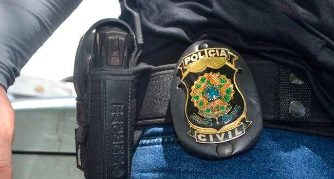 Polícia Civil prende mãe que produzia conteúdo pornográfico das filhas em Icó