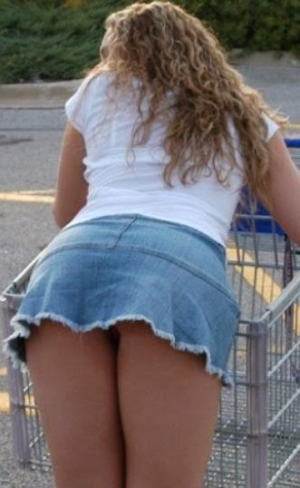 Chica linda bajo falda con cara - 2 part 3