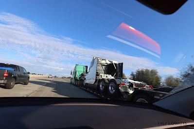 tesla semi truk  siap dijual dipasaran