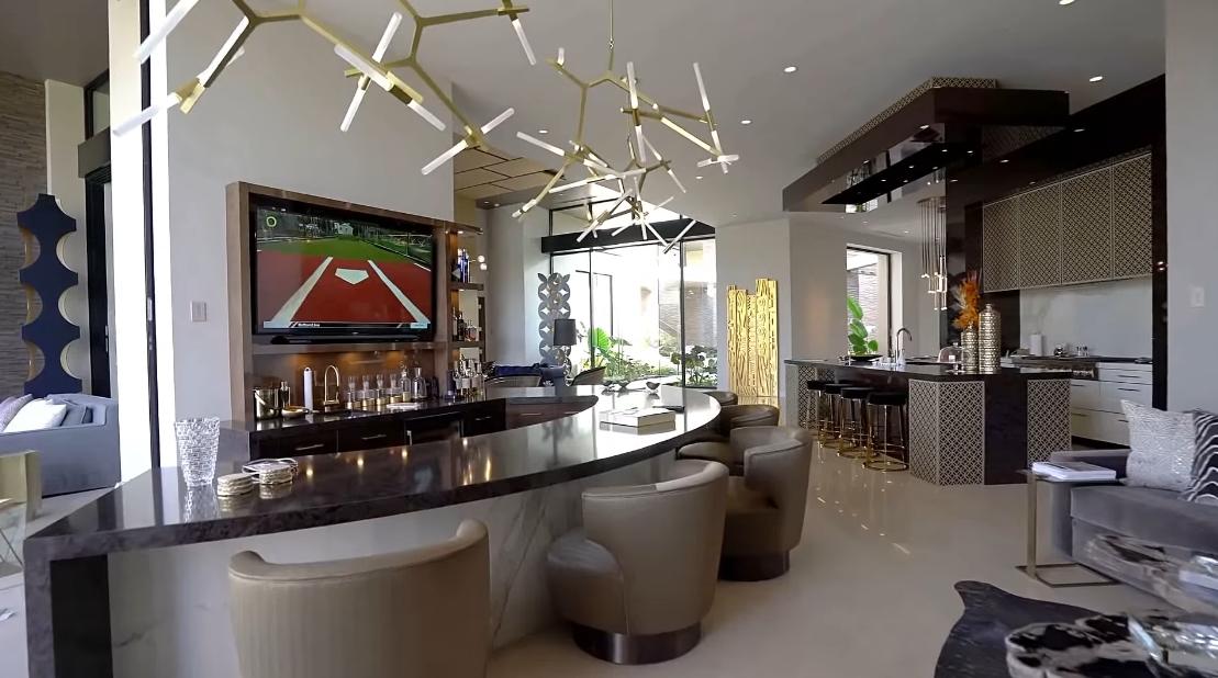 28 Interior Design Photos vs. 52679 Meriwether Way, La Quinta, CA Luxury Home Tour