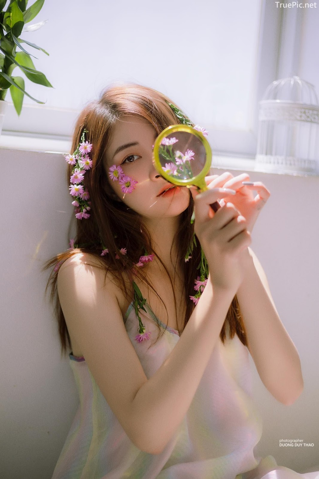 Vietnamese beautiful model Vu Thanh Huong - Fairies purple chrysanthemum - Picture 3