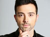 Antonio Diodato, conosciuto semplicemente come Diodato (Aosta, 30 agosto 1981), è un cantautore italiano.