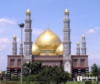 masjid Dian Al Mahri Depok - Inilah 5 masjid termegah dan terbesar di Indonesia