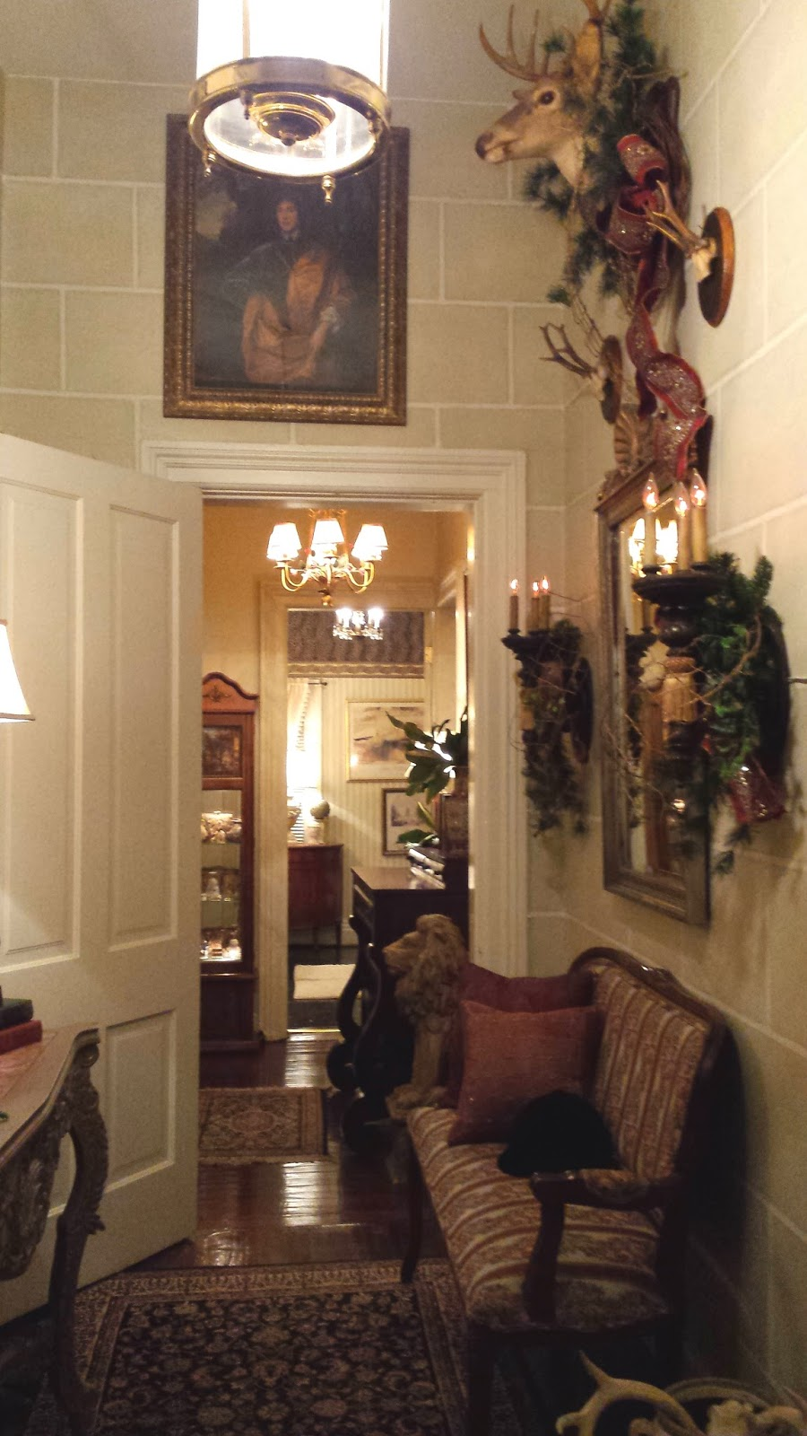 we have changed things around a bit this year and added more french flair to the old world style of the house so a simpler christmas decor was warranted - French Style Christmas Decorations