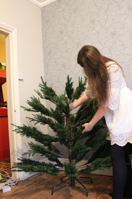 how to install an artificial christmas tree