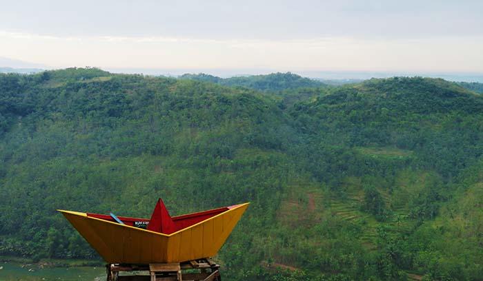 Spot Footo Kapal di Bukit Panguk