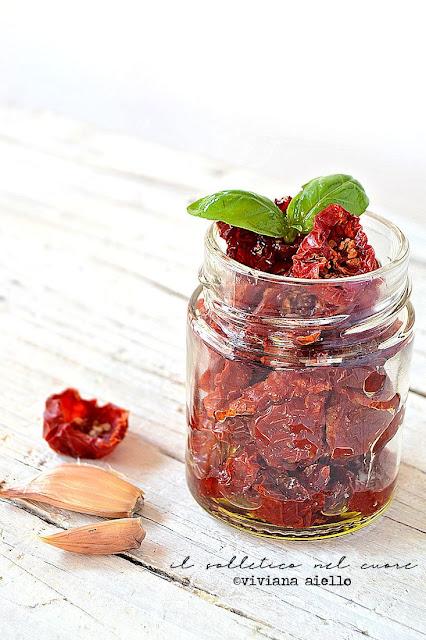 ricetta-pomodori-secchi-sott-olio