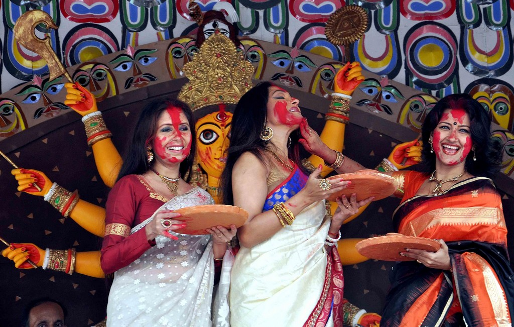 "AJODI's Stories: ""Sindoor Khela"" Is The Last Day Of Durga"