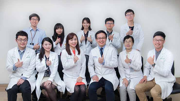 中山附醫皮膚科團隊提供專業全人照護