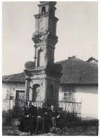 Памятник на теренах Нового Двору