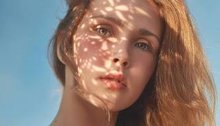 5 Penyebab Noda Hitam di Wajah Selain Faktor Genetik dan Hormoral