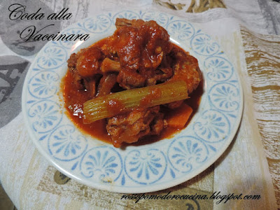 Fotografia del piatto Coda alla Vaccinara di Fabiola Falgone del blog RossoPomodoro