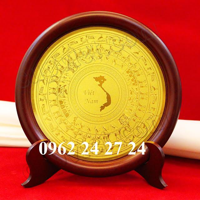 nơi đúc đĩa theo yêu cầu, nhận trạm khắc nội dung lên đĩa đồng - 260093