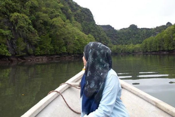 Wanita Asal NTT Ini Mantap Menjadi Muslimah Lantaran Islam Ajarkan Berdoa Langsung Pada Allah