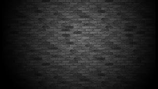 tembok bata berwarna hitam