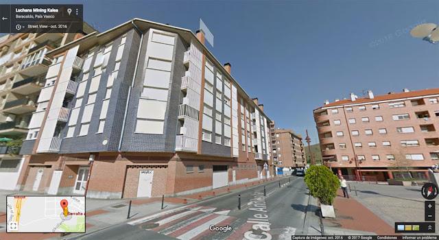 Edificio de los pisos en alquiler en Serralta 2, en Lutxana