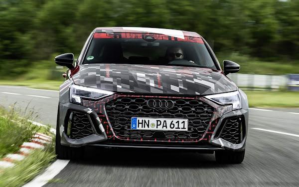 Novo Audi RS3 2022 tem o 'modo drift' para derrapagens controladas