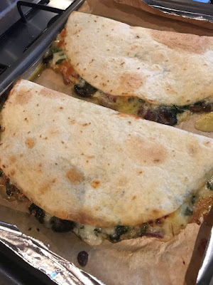 Healthy Baked Spinach Mushroom Quedillas | Healthy Recipes For Weight Loss, Healthy Recipes Easy, Healthy Recipes Dinner, Healthy Recipes Pasta, Healthy Recipes On A Budget, Healthy Recipes Breakfast, Healthy Recipes For Picky Eaters, Healthy Recipes Desserts, Healthy Recipes Clean, Healthy Recipes Snacks, Healthy Recipes Low Carb, Healthy Recipes Meal Prep, Healthy Recipes Vegetarian, Healthy Recipes Lunch, Healthy Recipes For Kids, Healthy Recipes Crock Pot, Healthy Recipes Videos, Healthy Recipes Weightloss, Healthy Recipes Chicken, Healthy Recipes Heart, Healthy Recipes For One, Healthy Recipes For Diabetics, Healthy Recipes Smoothies, Healthy Recipes For Two, Healthy Recipes Simple, Healthy Recipes For Teens, Healthy Recipes Protein, Healthy Recipes Vegan, Healthy Recipes For Family, Healthy Recipes Salad, Healthy Recipes Cheap, Healthy Recipes Shrimp, Healthy Recipes Paleo, Healthy Recipes Delicious, Healthy Recipes Gluten Free, Healthy Recipes Keto, Healthy Recipes Soup, Healthy Recipes Beef, Healthy Recipes Fish, Healthy Recipes Quick, Healthy Recipes For College Students, Healthy Recipes Slow Cooker, Healthy Recipes With Calories, Healthy Recipes For Pregnancy, Healthy Recipes For 2, Healthy Recipes Wraps, #healthyrecipes, #recipes, #food, #appetizers, #spinach, #mushroom, #quesadillas