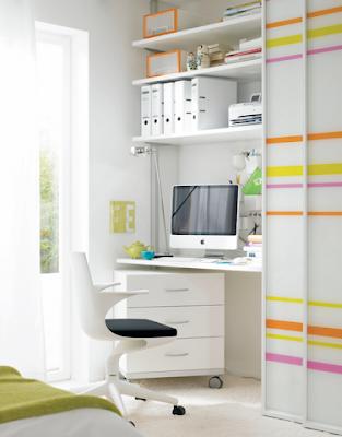 home office escondido no armário