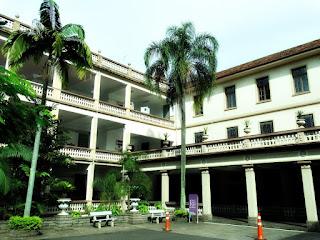Prédios e Pátio do Centro Educacional La Salle, Canoas