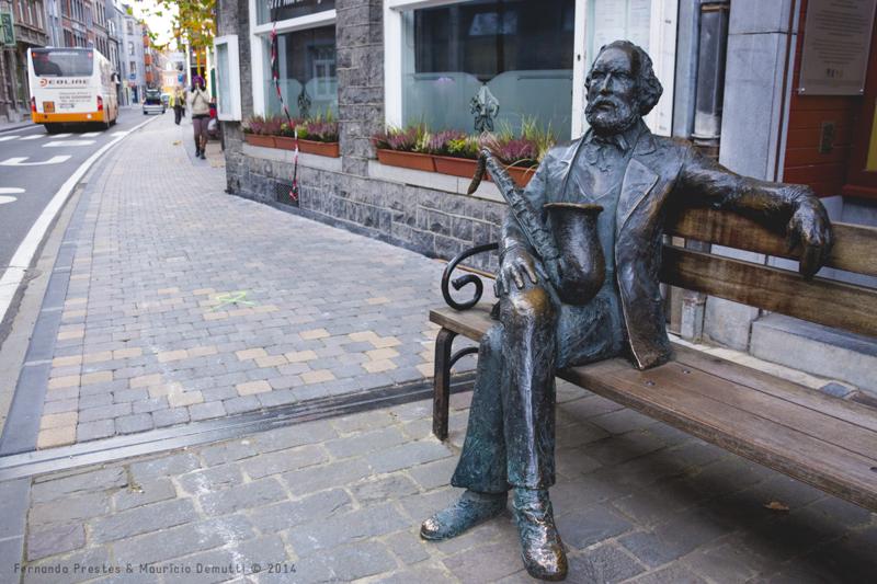 Escultura de Adolph Sax