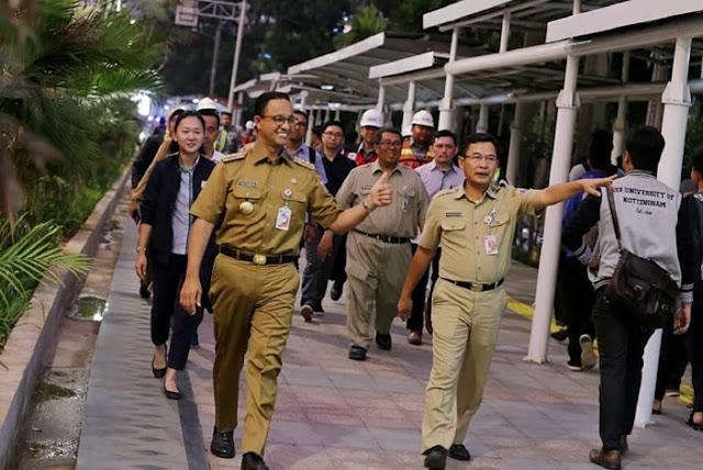 Nasdem Dukung Anies: Trotoar itu Multifungsi Pejalan Kaki dan PKL, Apa Masalahnya?