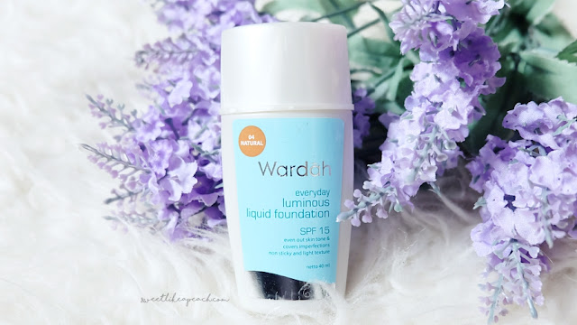 review Wardah Everyday Luminous Liquid Foundation
