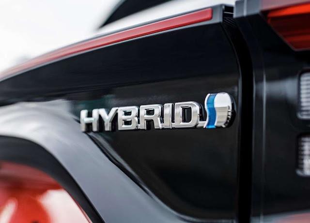 Toyota presentará dos modelos híbridos el próximo 18 de mayo