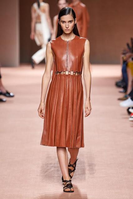 Модное платье весна-лето 2020 17