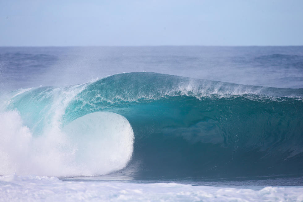 39 Wave at Pipemaster Trials Mens Pipe Invitational Fotos WSL Kelly Cestari