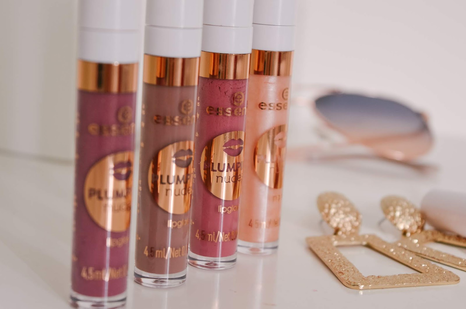 Tips to get fuller lips, Essence Cosmetics Plumping Lipgloss review, Dalry Rose Blog, Beauty Blog