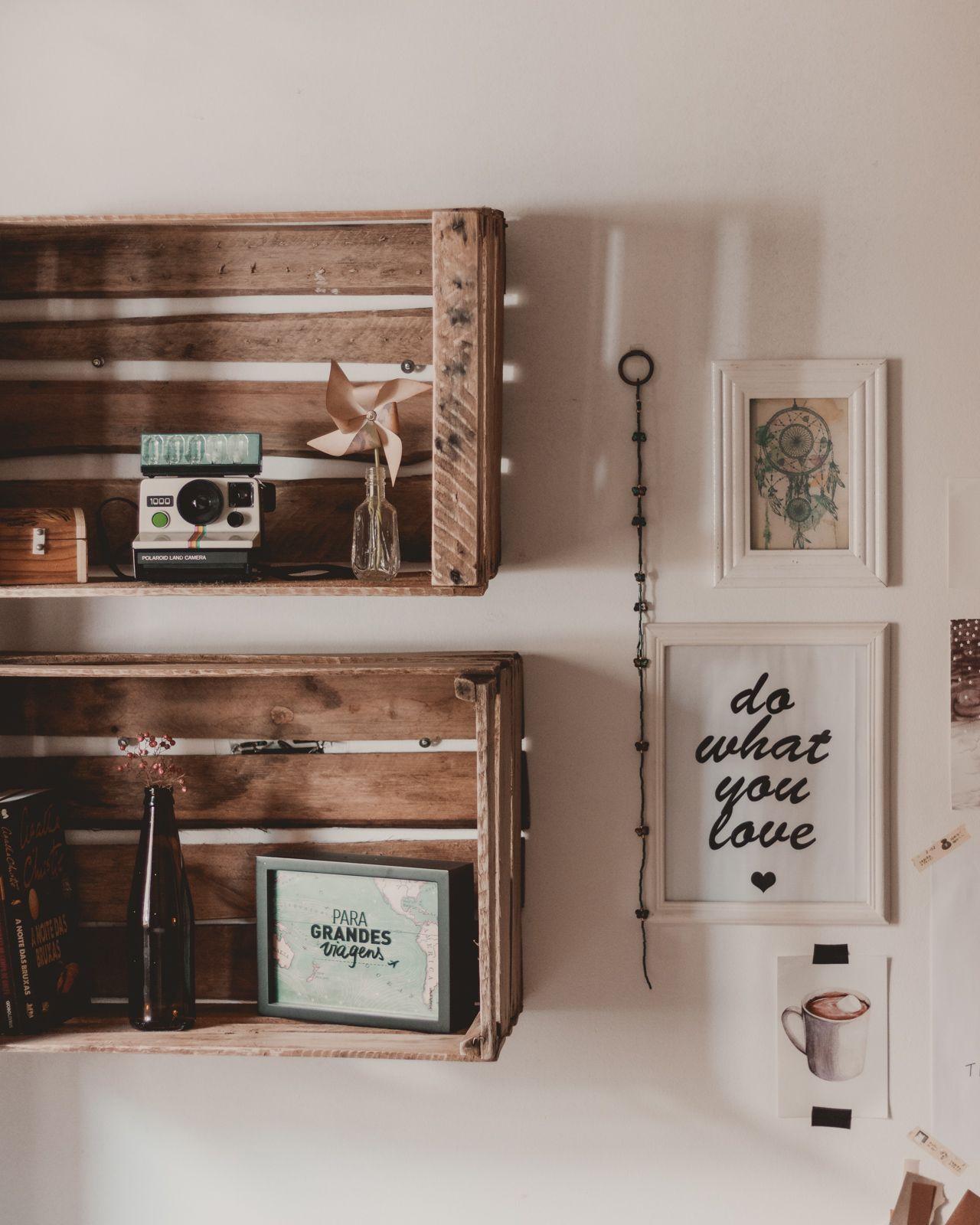 Nichos com caixote de madeira estante simples