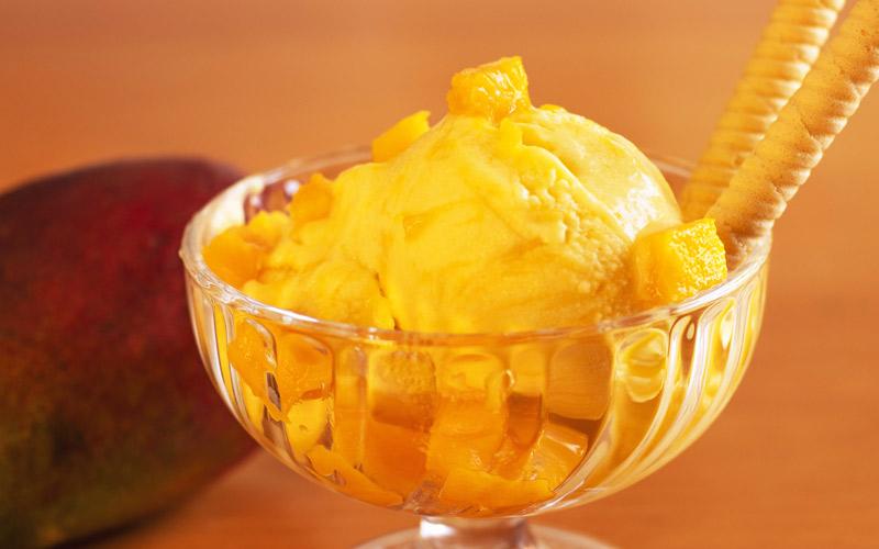 Helado de Mango Súper Cremoso y Fácil ¡sin Máquina Heladera y solo 3 Ingredientes!