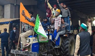 किसानों की ट्रैक्टर रैली से पहले दिल्ली सीमा पर बढाई गयी सुरक्षा, जारी हुआ अलर्ट | #NayaSaberaNetwork