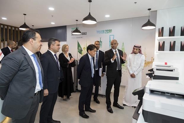 Mr. Yuichi Ishizuka, Canon EMEA CEO, at Canon Saudi Arabia HQ