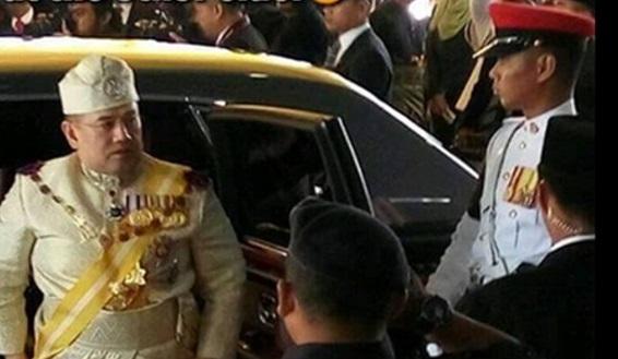Gambar Yang Di Pertuan Agong Ke 15 Malukan Najib Dan Zahid Hamidi Jadi Viral