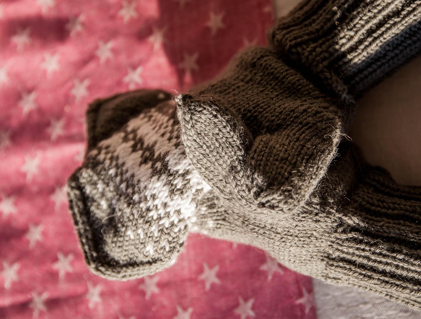 lapaset neulominen