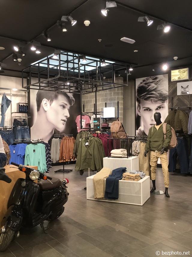 оформление бутика женской одежды фото