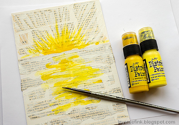 Layers of ink - Sunny Ocean and Beach Mixed Media Scene Tutorial by Anna-Karin Evaldsson. Paint the sun and reflection yellow.