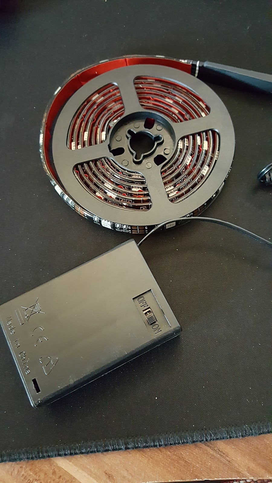 lahr2006 testet led streifen strip glisteny led licht band diy beleuchtung lichtleiste. Black Bedroom Furniture Sets. Home Design Ideas