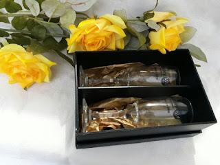 caixa para lembrancinhas cor preta duas taças personalizadas